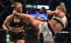 Holly Holm KOs Ronda Rousey
